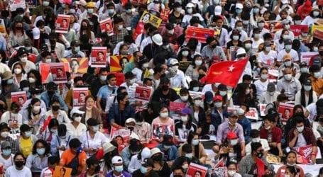 تصویری تجزیہ: میانمار کے شہری فوجی بغاوت کی مخالفت میں احتجاج کررہے ہیں