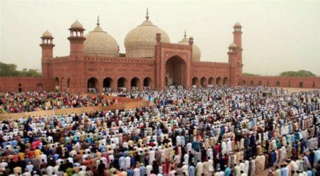 ملک بھر میں مذہبی عقیدت و احترام سے عیدالفطر کا تہوار آج منایا جارہا ہے