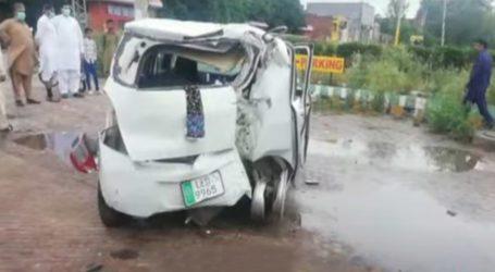 وزیرآباد میں تیزرفتار کار نے گداگروں کو کچل ڈالا، 3 خواتین سمیت 5 افراد جاں بحق