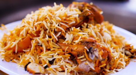 کراچی کے شہریوں کی من پسند سوغات، مرچ مصالحوں سے بھرپور بریانی