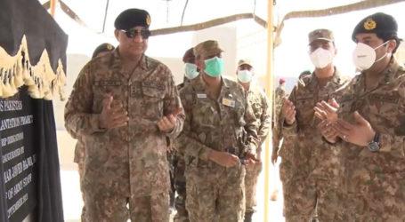آرمی چیف کا پنوں عاقل کا دورہ، رینج صالح پٹ میں تربیتی مشقوں کامشاہدہ کیا