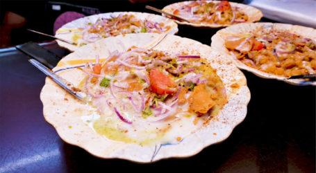 کراچی کے شہریوں کیلئے خاص سوغات، شاہ فیصل کی چٹخارے دار چنا چاٹ