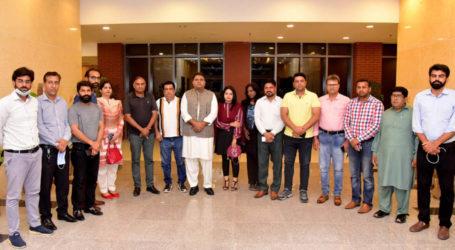 وزیراطلاعات ونشریات فواد چوہدری سے آرآئی یوجے کے وفدکی ملاقات