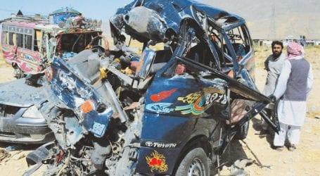 Four killed, 30 injured in Nawabshah road mishap