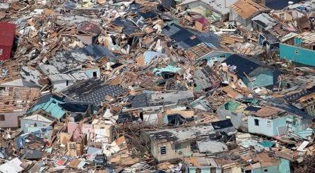 Hurricane Dorian leaves 30 dead in Bahamas