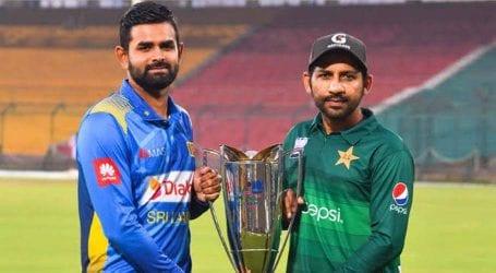 Pakistan win toss, decide to bat first against Sri Lanka