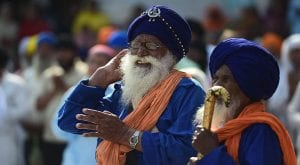 Pakistan issues memorial postage stamps to Sikh pilgrims