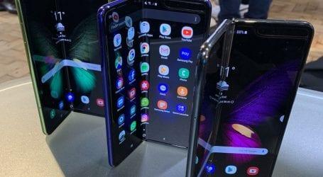 Samsung warns COVID-19 may hurt its smartphone's sales