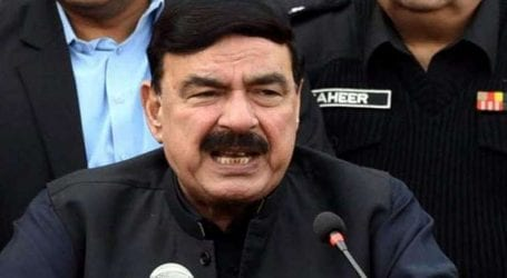 Sheikh Rasheed orders inquiry of Tezgam fire incident
