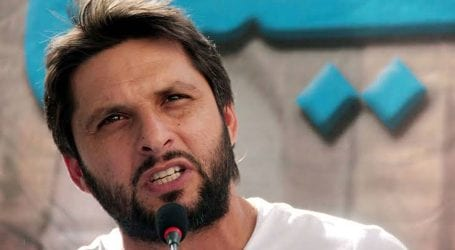 Shahid Afridi to open cricket academy for youngsters in Karachi