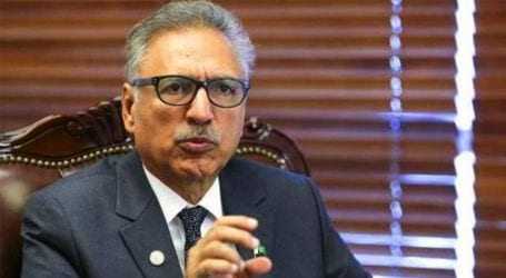President Alvi discusses Kashmir issue with world leaders