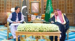 PM discusses regional peace with Saudi King Salman