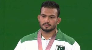 Pakistani wrestler Inam wins gold medal, makes nation proud