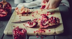 5 reasons to consume pomegranate this winter