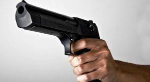 Policeman shot down outside his residence in Karachi