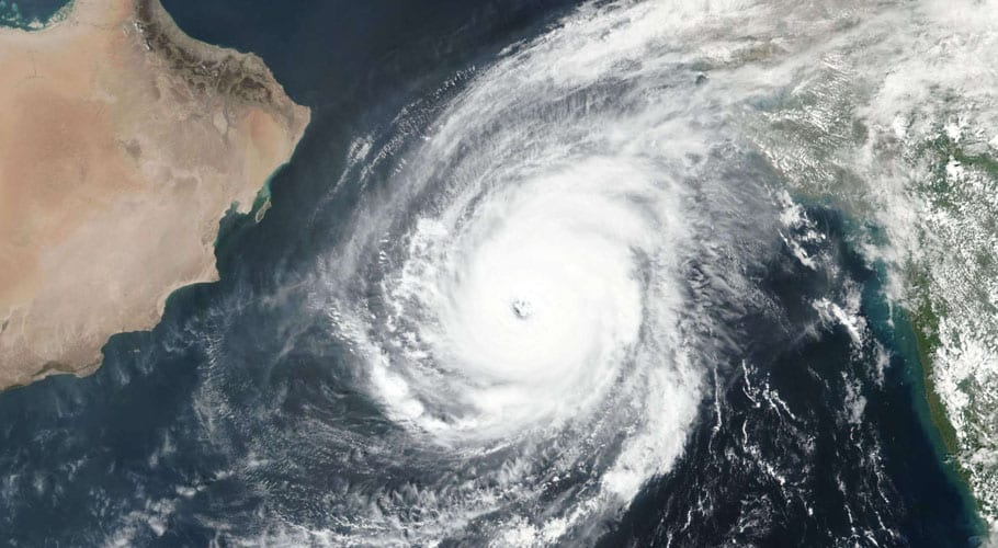 Rain expected in Karachi today due to Cyclone Kyarr