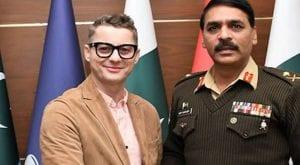 Pakistani tea is fantastic, tweets Akcent after meeting DG-ISPR