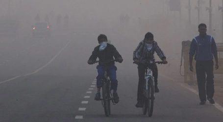 India experiences eye-irritation as smog reaches worst levels
