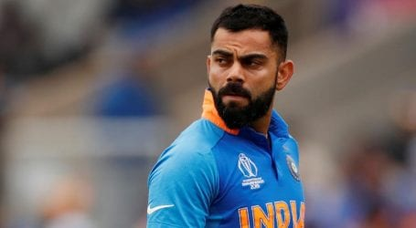 Kohli hails Maxwell for taking mental health break