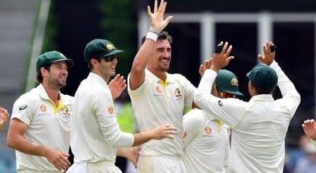 Australia edge closer to victory against Pakistan