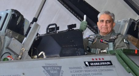 Army Chief Gen Bajwa practises F-16 combat simulation mission