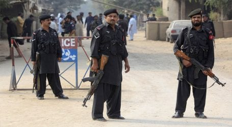Two abductors killed, child recovered in Quetta