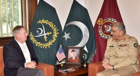 US senator discusses Afghan peace process with PM, COAS