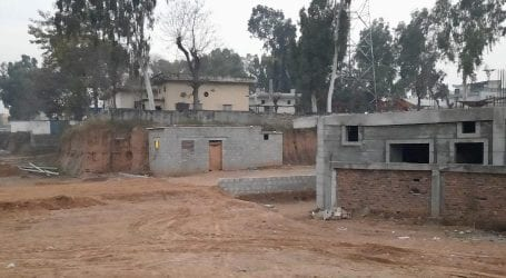 Mafia encroach land in Model Town with help of CDA officials