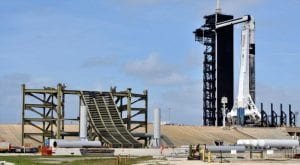 Bad weather causes delay of SpaceX rocket failure test