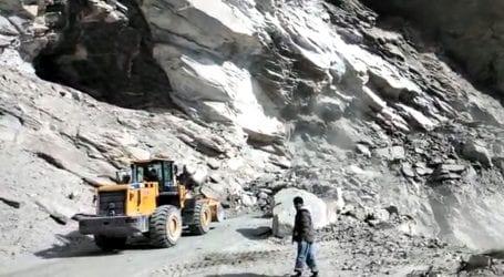 Skardu road blocked due to landslides near Basho Valley