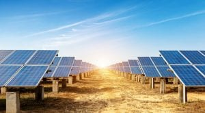 Qatar signs $470M deal to build solar power project