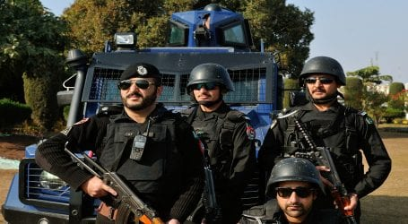 Karachi police arrest 49 suspects during 24 hours