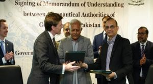 Pakistan, UK signs MoU to continue air services after Brexit