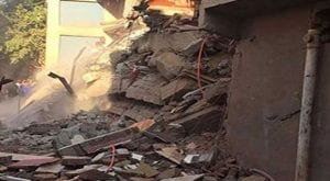 Under-construction building collapse in Karachi's Sikandarabad
