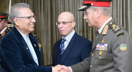 Pakistan desires to expand ties with Egypt: President Alvi