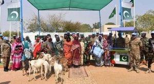Pakistani peacekeeper forces win hearts with humanitarian aid in Darfur