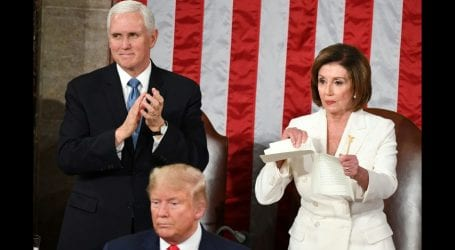 Nancy Pelosi rips copy of Trump's State of the Union speech