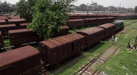 One bogey of coal filled freight train derails near Sukkur