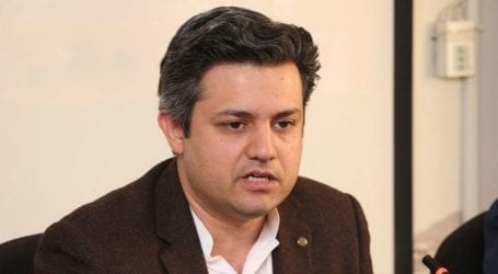 Pakistan's economy continues to improve: Hammad Azhar