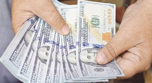 US dollar continues to rise, hits 8-month high