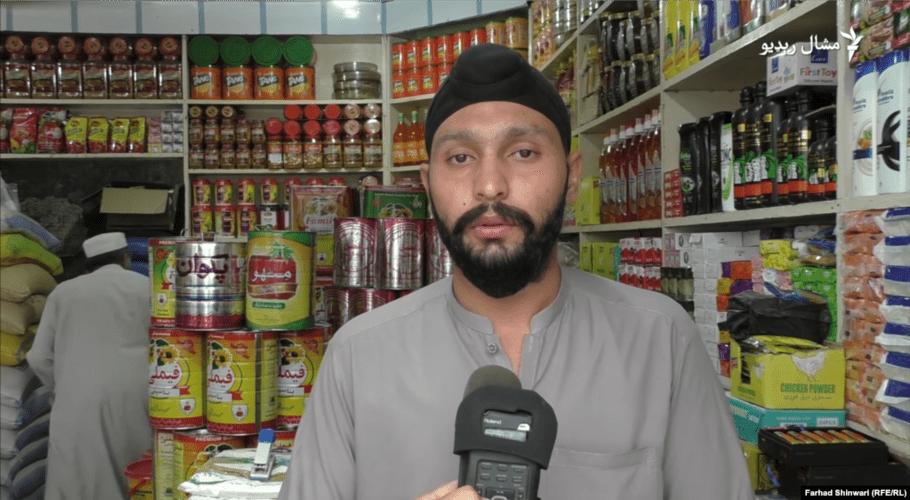 Sikh shopkeeper in Pakistan offers special discounts amid Ramazan