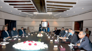 PM Imran, COAS Bajwa visit ISI headquarters