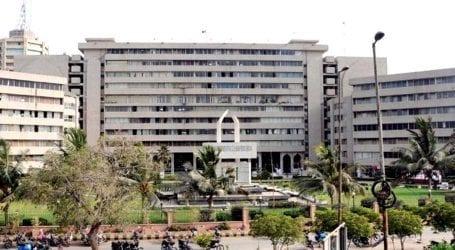 Illegal construction continues despite lockdown in Karachi