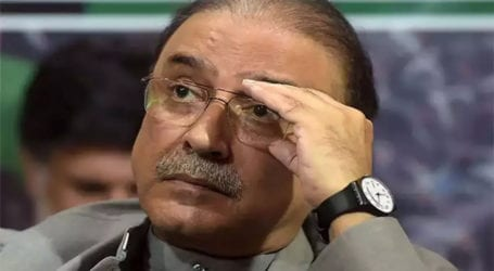 Govt wants to deny provinces their constitutional rights: Zardari