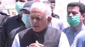 Almost 262 pilots with dubious licenses to be grounded: Ghulam Sarwar