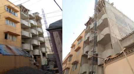 SBCA officers collecting 'Eidi' from builders in Liaquatabad