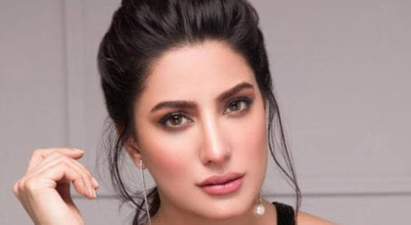 Celebrities should be careful about the way they utilise public platforms: Mehwish Hayat