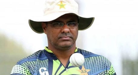 Waqar Younis quits social media after Twitter account hacked