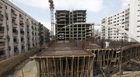 Illegal construction continues in Karachi