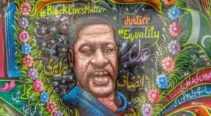 Pakistani truck artist paints George Floyd's mural
